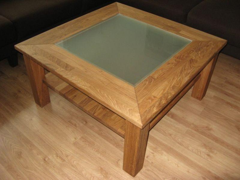 Quadratischer Tisch mit Glaseinlage Image
